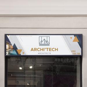 Panneau signaletique extérieur de l'enseigne architecte